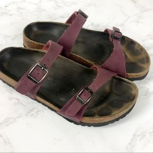 Birki's Birkenstock Thin Strap Sandals Burgundy